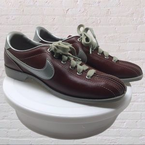 Nike  Bowling Shoes Maroon Sneakers Size 9 Vintage